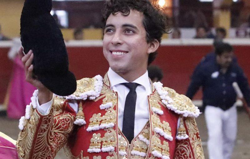 Leo Valadez Cayó De Pie En Teziutlán