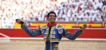 Cayetano triunfa en Pamplona